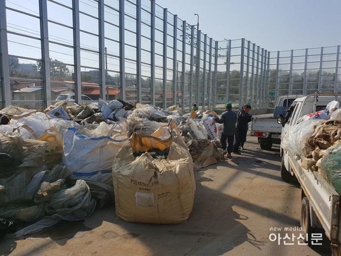 1. 선장면 새마을, 재활용품 수집 - 2번 사진.jpg